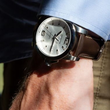 Longines Conquest quartz watch sunray silver dial chocolate brown leather strap 41 mm